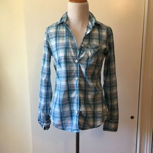 American eagle bottom up shirt size:4